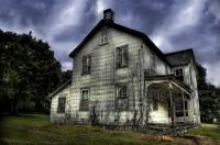 20060626163800_hauntedhouse